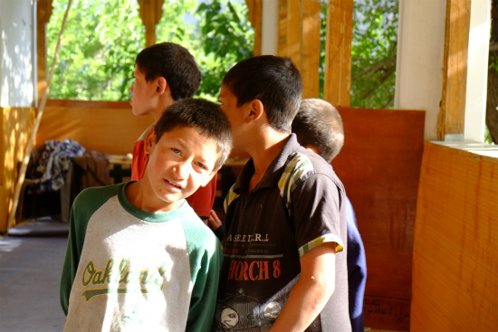 TRUTUKトゥルトゥク村の子供