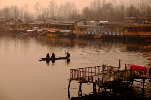 Srinagar,dallake