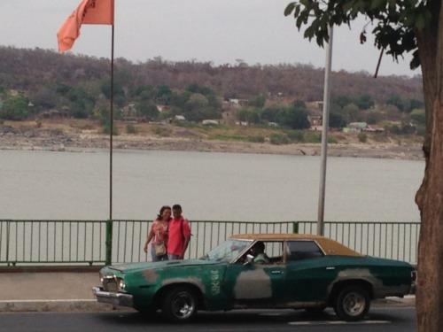 ベネズエラを走るオールドカー