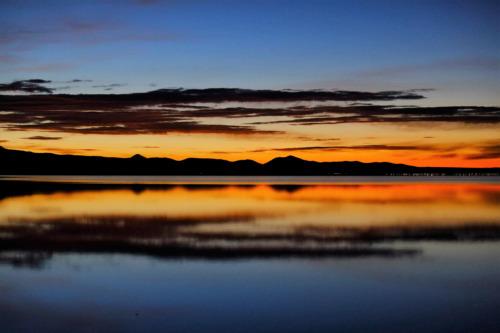 ウユニ塩湖で鏡ばりの絶景写真に挑戦